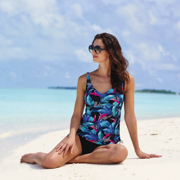 tankini con aros estampado tropical azul con rayas copa D