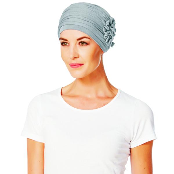 turbante con flor de bambú gris claro modelo LOTUS